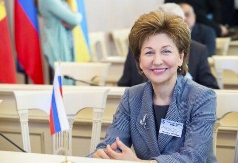 Г.Н Карелова, заместитель Председателя Совета Федерации Федерального Собрания РФ, пожелала нам удачи!